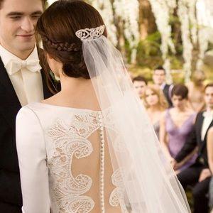 Bella Swan Alfred Angelo Wedding Dress SA